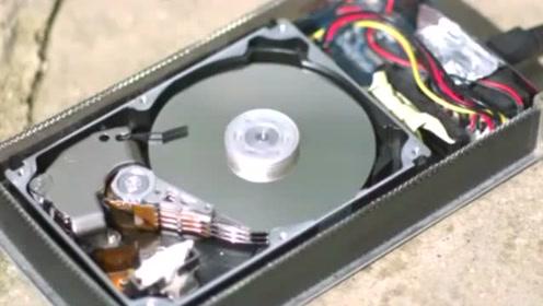 慢镜头看懂硬盘内部是如何工作的