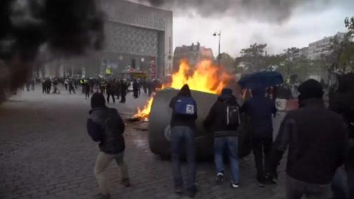 """法国""""黄背心""""抗议一周年,人数只有去年十分之一"""