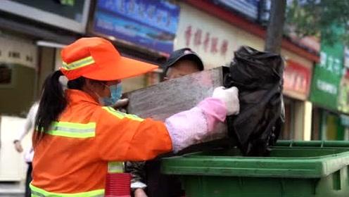 取消街面所有垃圾桶,武汉这个清扫队长想干啥?
