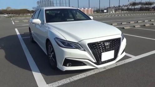 2020款丰田皇冠、奔驰E级和宝马3系该如何选?来做个对比就知道了