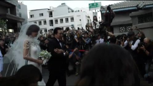林志玲婚礼现场情绪激动,多次擦拭眼泪,她母亲7个字评价女婿