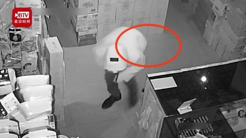 男子出狱后两天疯狂盗窃11起再次被捉 网友:出来度了个假