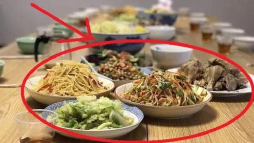 脑梗是吃出来的,医生多次相劝,这3种食物要少碰!