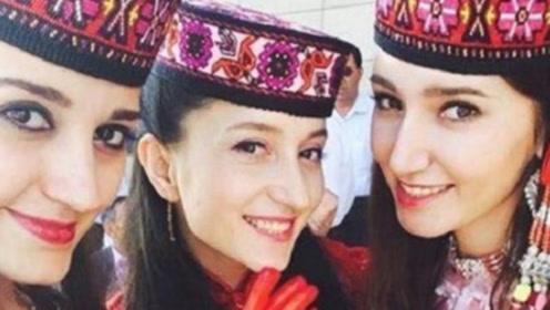娶新疆姑娘要多少彩礼?维吾尔姑娘们说出回答,你还想娶吗?
