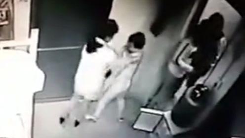 男童不睡午觉被午托中心员工殴打40分钟  涉事女子被警方行拘10日