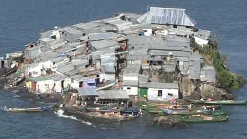 """最拥挤的岛屿,2000平方米却住着上万个人,""""豪华""""程度相当于城镇!"""