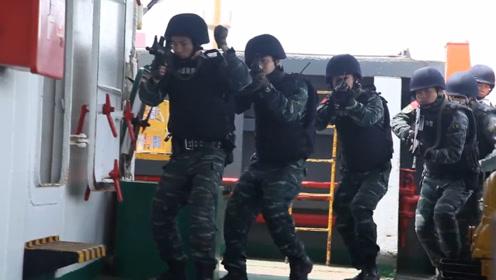 现场视频!海警舰艇粤港海上边界巡逻 查获涉嫌走私案404起