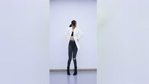 酷炫韩国扭胯舞,其实还蛮简单的~