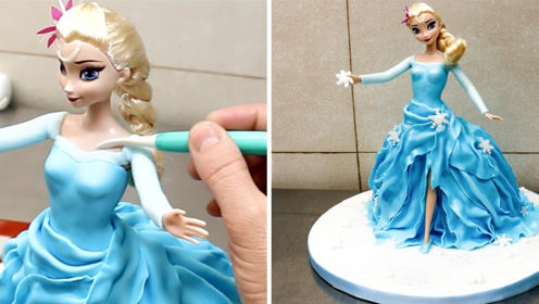 从小就爱看人家做蛋糕,尤其是大长腿艾莎女王这款……