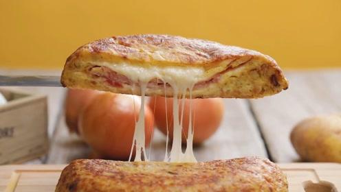 平底锅烙出西班牙美味,长肉也想吃这个拉丝土豆饼!