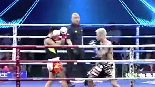 日本拳手遭中国硬汉铁拳顶膝KO,最后只能抱头防守