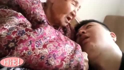 趁大孙子睡着,百岁奶奶对孙子说:我稀罕你!网友泪目