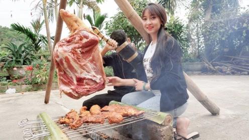 美女兴趣大发:野外和朋友烤牛腿肉吃,场面真是开眼界了