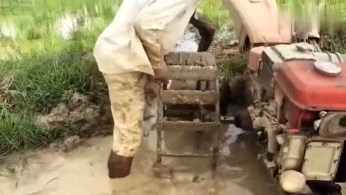 一物多用,牛人将耕田机变成了水泵