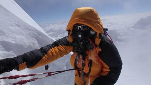 珠峰神圣的一面正在遭受破坏,12吨的垃圾就在眼前,这要该怎么做?