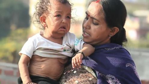 """印度难民出不起""""嫁妆"""",将13岁妹妹嫁给哥哥,生下孩子像80岁!"""