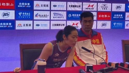 天津女排让朱婷成为倒数第1!朱婷罕见的说重话,并批评了全队