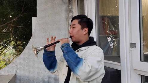 厦大新生吹唢呐助阵比赛走红:是目前厦大唢呐专业唯一的学生
