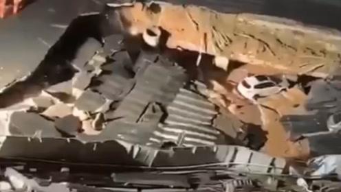 紧急突发!厦门地铁吕厝站附近发生地面陷落,监控还原全过程