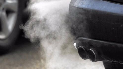 冬天开车要热车多久?听听老司机的建议,别等汽车拉缸了才后悔!