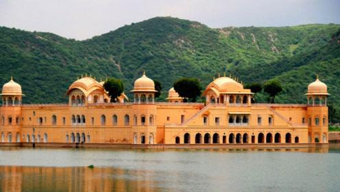 """印度神奇的""""水上宫殿"""",被水泡了260年,曾专供皇室度假"""