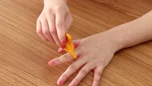 每天5分钟手指刮一刮,疏通经络脾胃好睡眠足