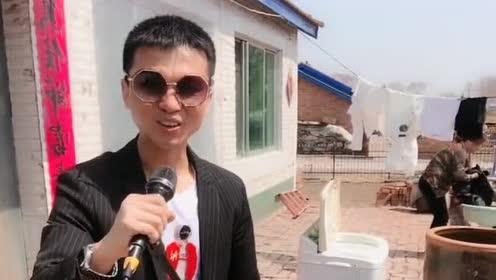 民间男歌手翻唱《爱情万万岁》DJ版!动感的节奏!超嗨