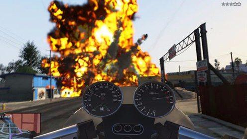 屌德斯解说 GTA5 大晚上飙车最后一名居然会自毁