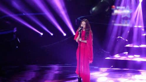 田馥甄台上一首《痒》台下林俊杰表情亮了,萧敬腾更直呼完美