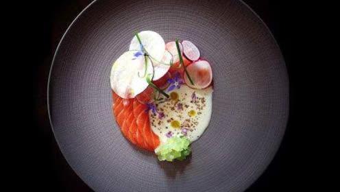 怎么让你的美食漂亮的躺在盘里 摆盘艺术就是这么简单