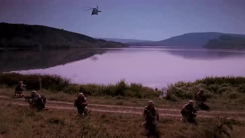 《深海潜龙》美军的行动提前暴露,刚刚降落就惨遭敌军围攻!