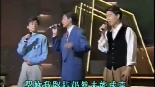 看完王杰和刘德华的同场飙歌,才明白王杰为何敢说华仔是他的跑腿