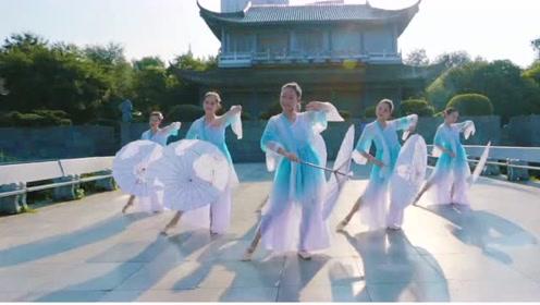 中国舞《风筝误》轻舞漫步,醉了一城楼,百看不厌