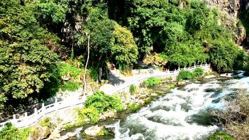 航拍安顺龙宫旅游风景区