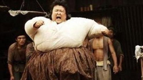 她娱乐圈最出名的女胖子 如今却幸福嫁给高富帅
