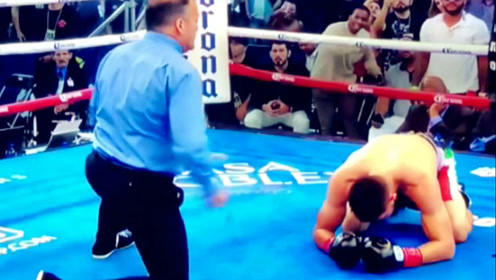 埃罗尔.斯彭斯一回合击腹TKO卡洛斯