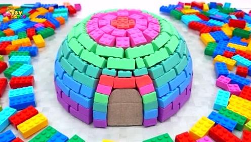 宝贝们动动手,来和我一起建个彩色的城堡吧!超漂亮