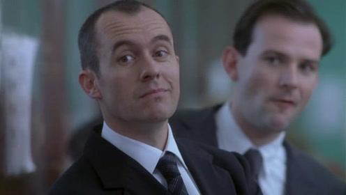 《王牌罪犯》娶了俩老婆,挑衅警察局,这个大佬很嚣张