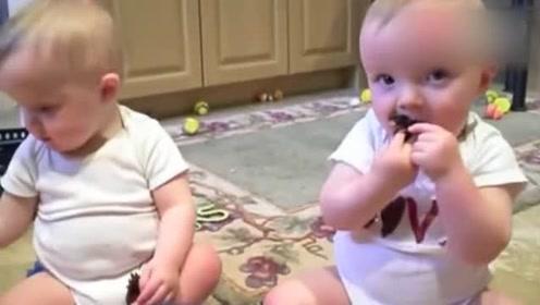 双胞胎搞怪,打个喷嚏都神同步,生对双胞胎真幸福