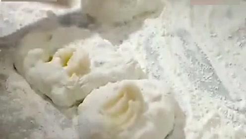 舌尖上的中国:土豪饼!从来没见过这样做饼!