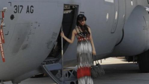 英国美女来广州出差,刚下飞机就懵了 :这不是中国吧
