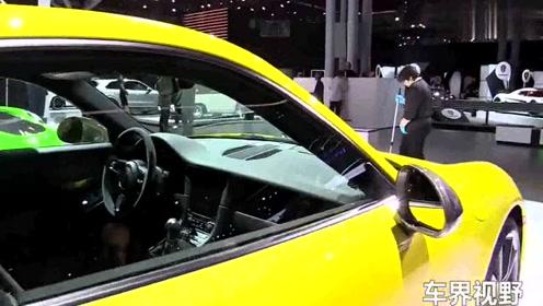 2018款黄色保时捷911 Carrera-豪华外观鉴赏