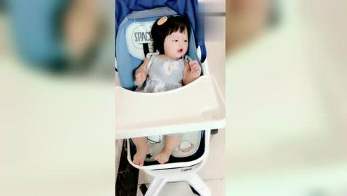 自打有了二宝之后,妹妹就成了他唯一的乐趣