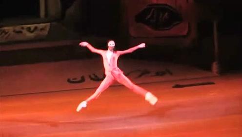 18岁成为芭蕾舞首席