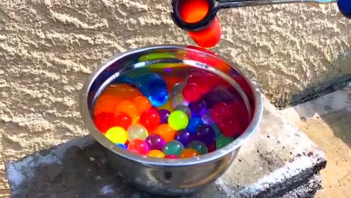 科技奇趣:将热熔铜倒入水精灵中,结果会发生什么?