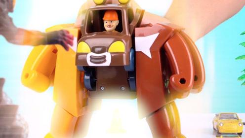 《比特玩具》小猪佩奇和熊出没三合体变形玩具
