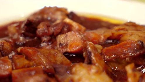 一道黄焖牛肉起家的清真菜馆 成了许多人元旦晚餐的首选
