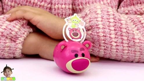 《苏菲娅玩具》苏菲娅的迪士尼扭蛋玩偶储蓄罐!