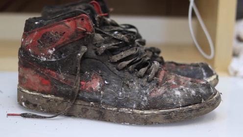 一双7年前的Air Jordan 1球鞋,经牛人修复后焕然一新