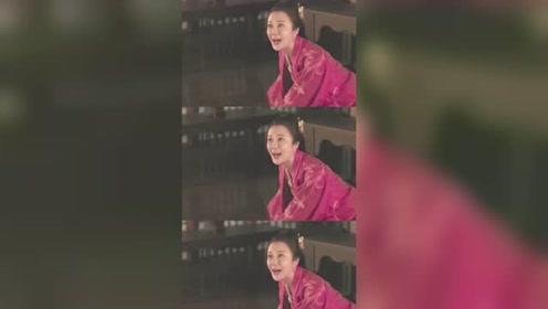 《知否》白莲花女团武力担当 朱曼娘爽朗的笑声,让小编想起了 蔡明